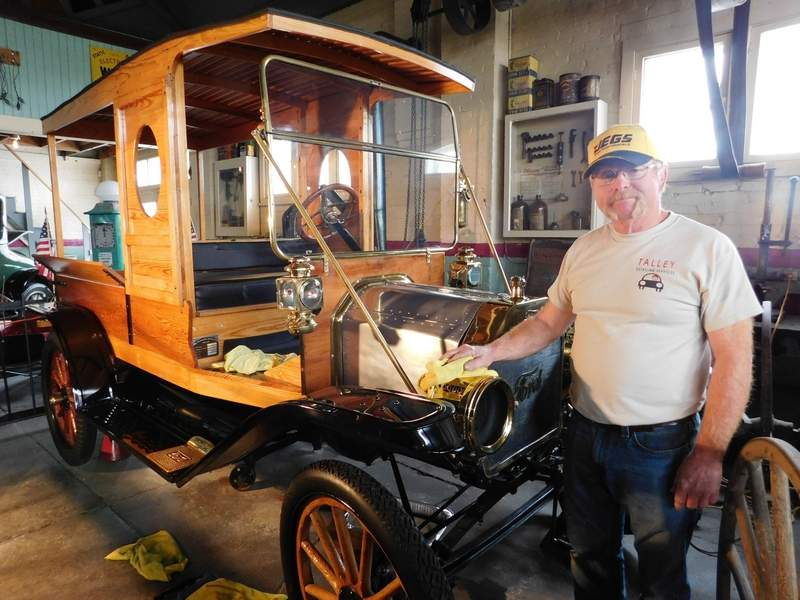 Red Talley spent last Friday morning detailing the 1912 Huckster that once belonged to Charlie Birger. The owner of Talley Detailing said he was 'honored' to be chosen for the task. The car is among several on display at the Franklin County Garage 1910 Museum. The museum is also home to other Birger memorabilia including the handcuffs he wore when he was hanged.