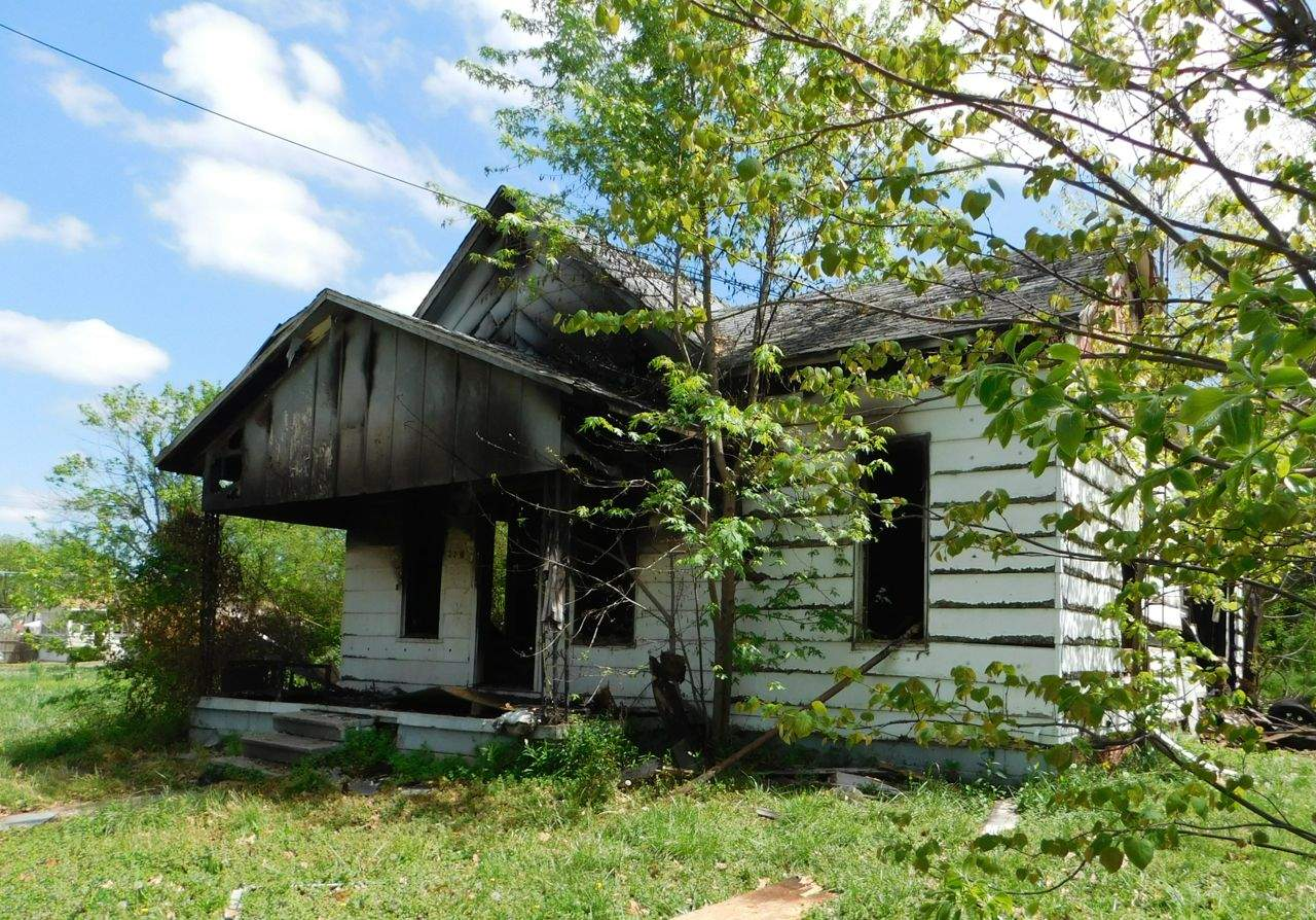 This house, located at 220 Madison St., was purchased by the city of Benton for back taxes.  Plans for demolition were moved to emergency status this week after the house caught fire nearly two weeks ago. That fire was intentionally set, accord to David Garavalia, zoning and economic development administrator for Benton.