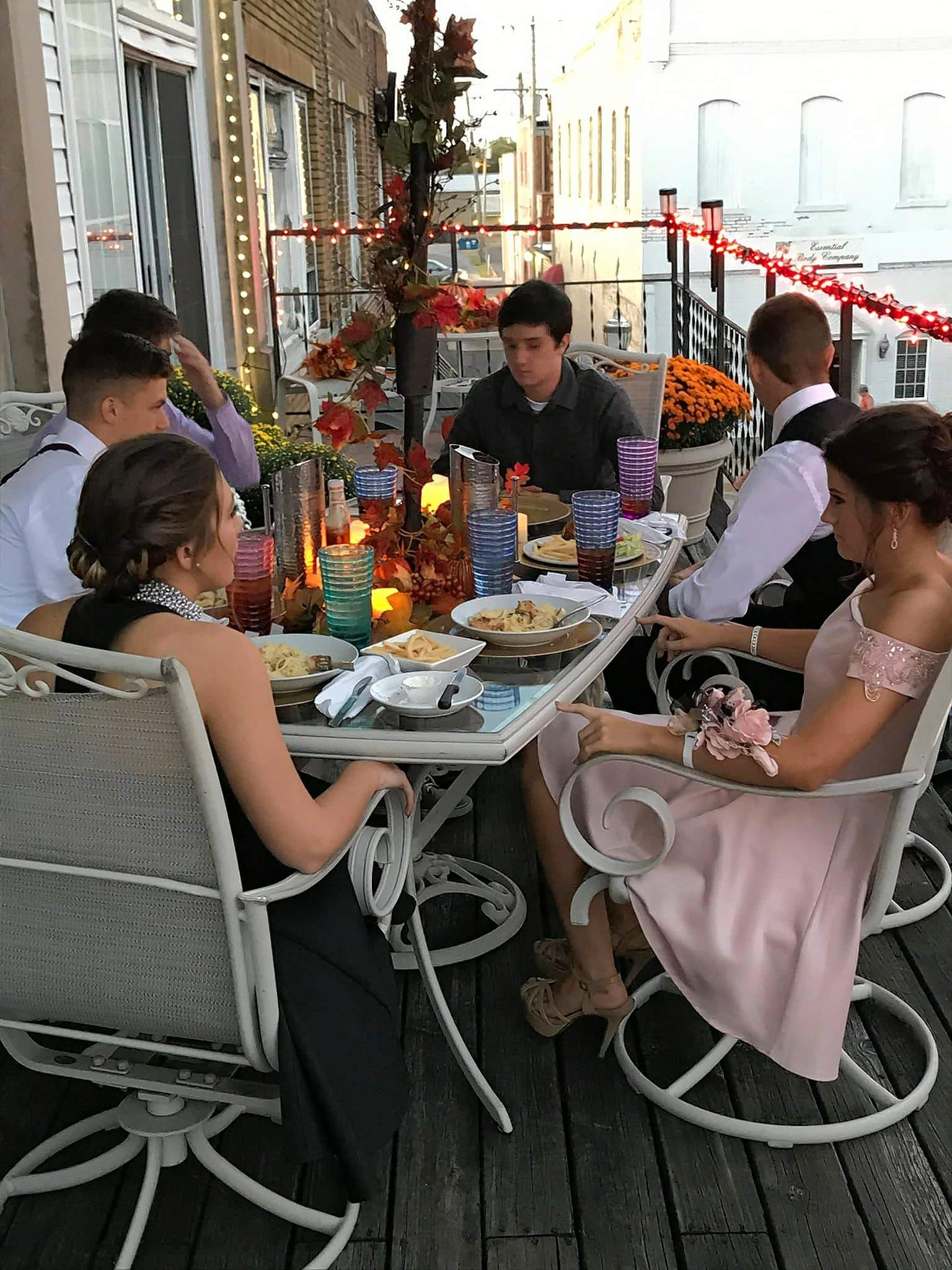 Chase Gray headed the seating with Joey Craig, Samantha Allen, Olivia Bragg, AJ Farmer, and Chance DeVore for a very special homecoming meal served Saturday evening by Seasonings Bistro on the terrace of Edwards Antiques in Benton. For the complete story, see page 3.