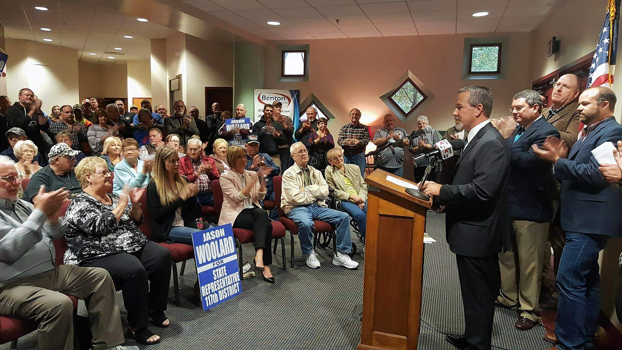 About 250 people gathered at the Benton Civic Center last night to hear Jason Woolard announce his candidacy for state representative in the 117th District.