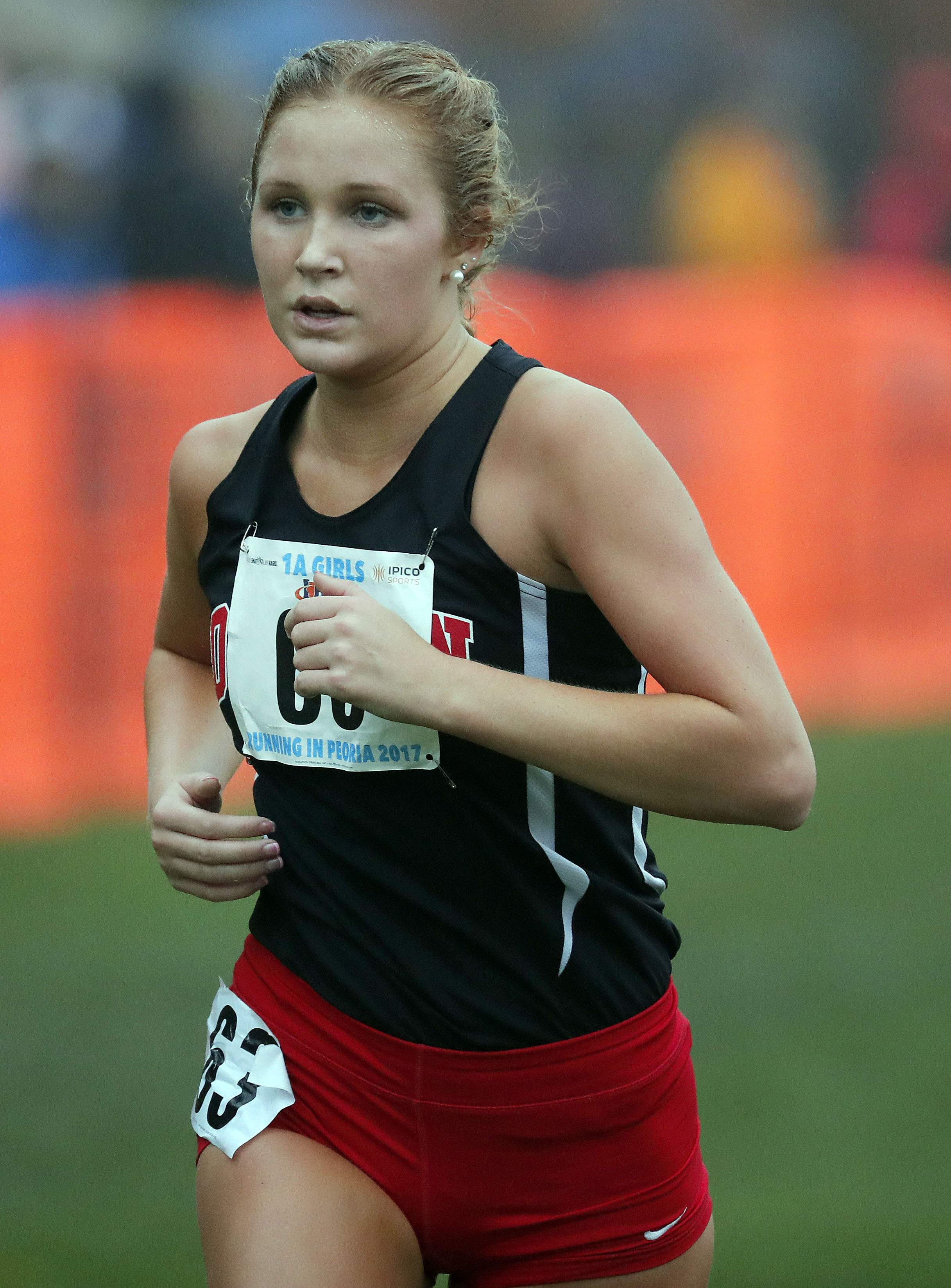 DuQuoin's Olivia Cravens heads to the finish line during girls Class 1A cross-country finals Saturday in Peoria.