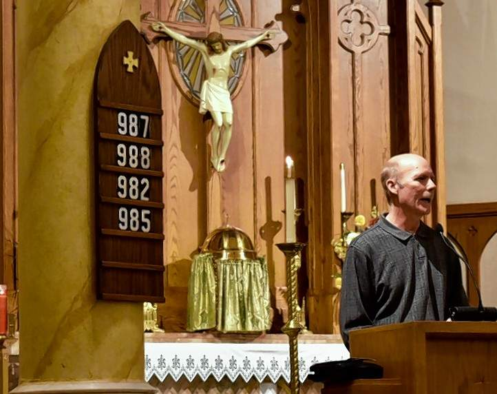 The Rev. Tim Woodard of Du Quoin First United Methodist Church delivers the sermon at Sunday's service.