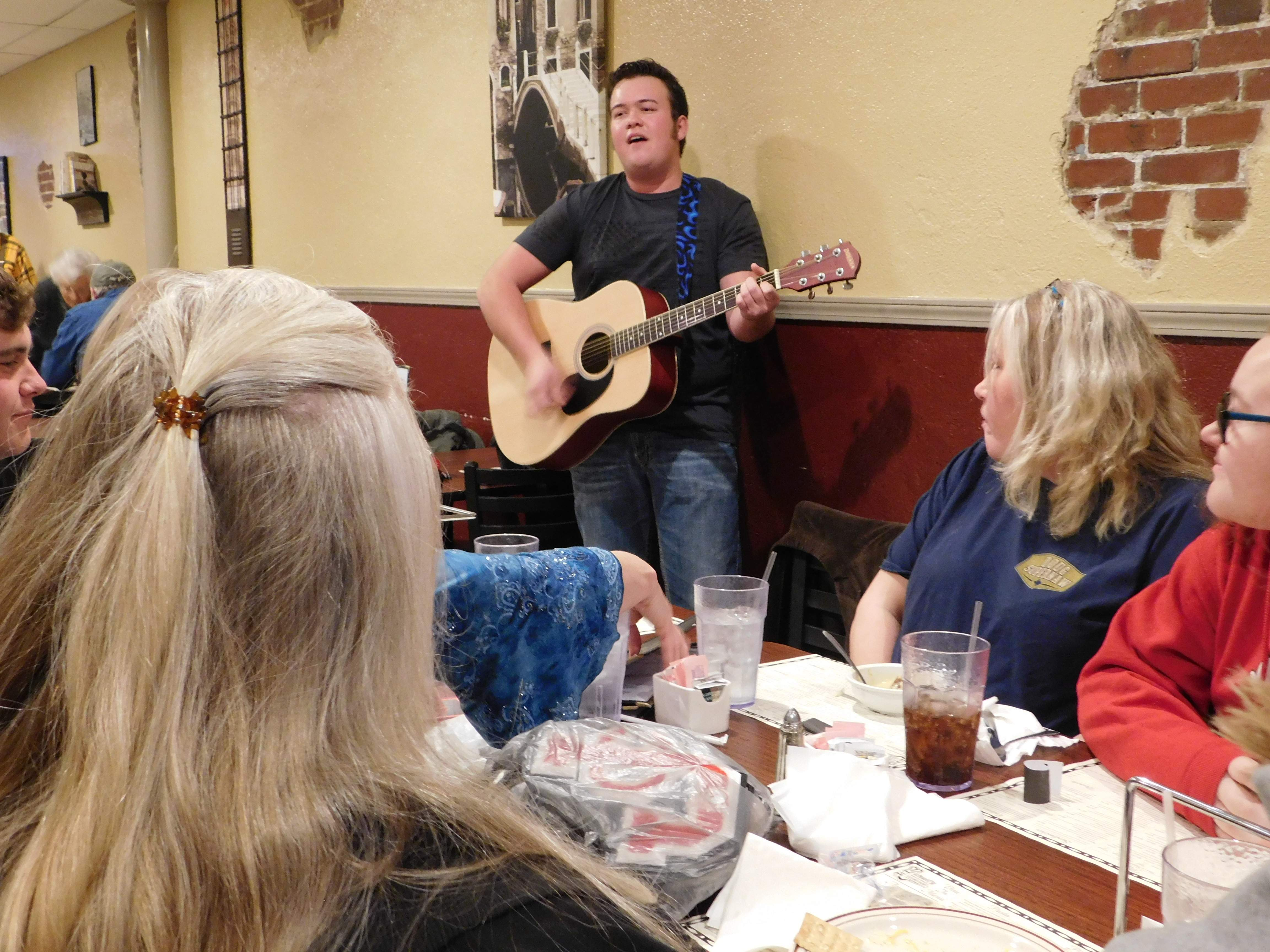 "Hunter Beasley stopped by Michael's Ristorante in Johnston City last week and shared his talent with the diners, including the JCHS bowling team, enjoying their end-of-season banquet. Beasley, a JCHS senior, is finding local fame on the stage where he sings a mix of ""old school"" tunes including several songs made famous by Elvis Presley."