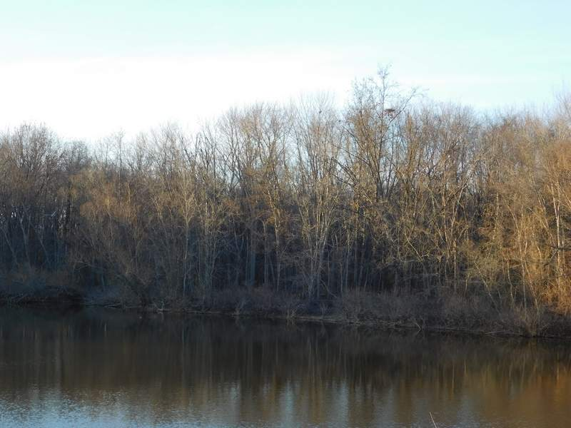 Authorities recovered a body from Rend Lake at 2:30 p.m. on Wednesday.