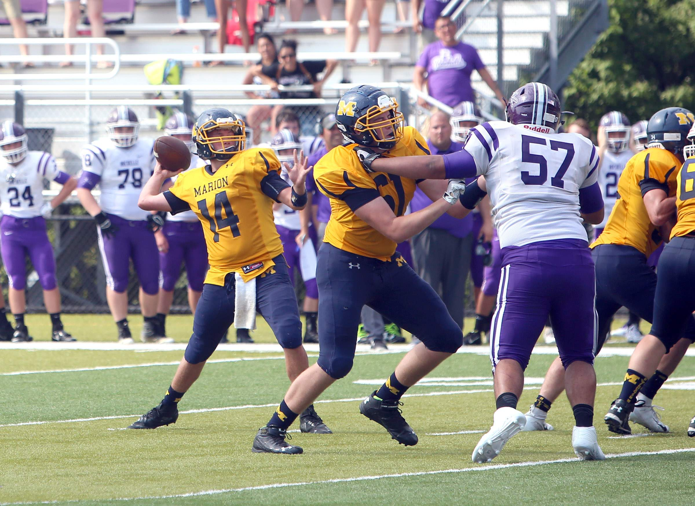Boston Ziegler throws the game-winning touchdown pass.