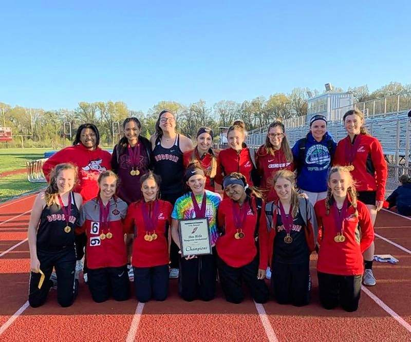 The Du Quoin High School girls track team has been setting a torrid pace of late, breaking records and winning meets in the process.