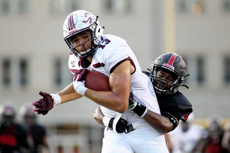 SIU's Nigel Kilby led the Salukis in receptions Thursday night at SEMO as the senior tight end hauled in two catches for 49 yards in the Salukis' season opening loss.