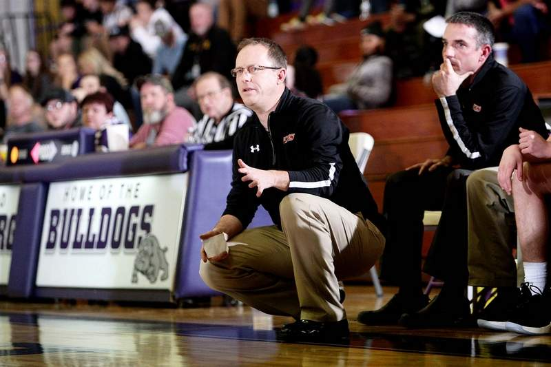 Fairfield head coach Scott McElravy grabbed the No. 1 seed at Wednesday's Eldorado Holiday Tournament seed meeting. The Mules, who are off to a 5-1 start won last year's EHT, beating Herrin in the championship game.