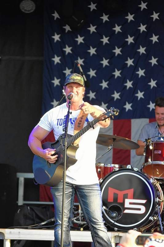 Justin Eaton of Murphy 500 provided entertainment before and after the fireworks in Marion on Saturday evening.
