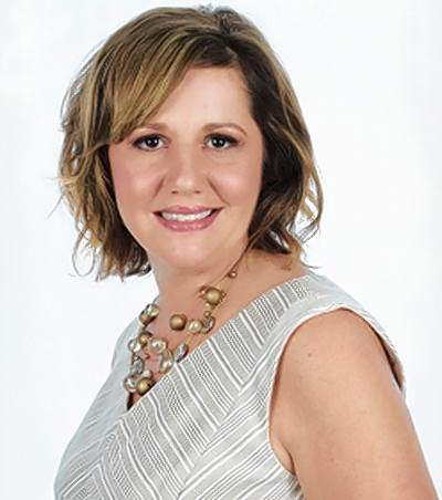 """Jennifer Olson Carbondale TimesThe Carbondale Chamber of Commerce is seeking a new leader.Current President and CEO Jennifer Olson announced this week that she has accepted a new job with the Greater Egypt Regional Planning and Development Commission. She will begin the new job July 27.""""I have thoroughly enjoyed my time at the Carbondale Chamber of Commerce,"""" said Olson, who started two years ago. """"It is a wonderful organization full of hard-working member businesses. I wish you all much continued success.""""The chamber's board of directors will be responsible for hiring Olson's replacement."""
