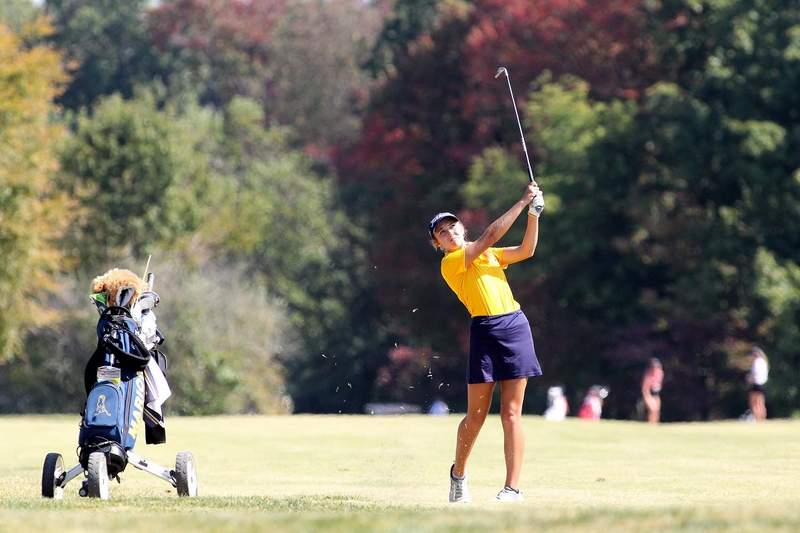 Marion's Sarah Capel captured overall medalist honors at Wednesday's IHSA Class 2A Regional at Kokopelli Golf Course. Capel shot a 74 and will join teammate Baylee Kelley, who shot an 80, as both will play in next week's sectional in Champaign.