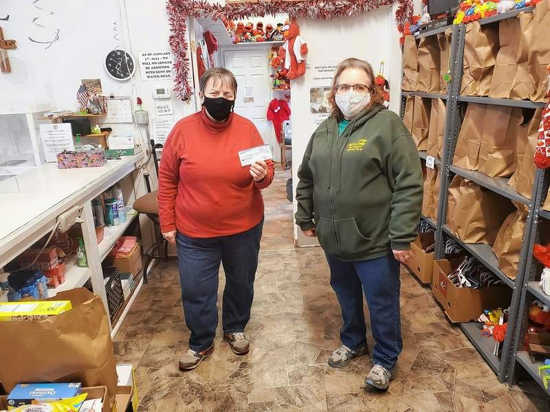 The AFSCME Retirees Subchapter 93 recently donated $250 to the Ministerial Alliance Food Pantry to support Franklin County residents in need. Vicki Seagle received the donations from Ann Roppel, representing the subchapter.