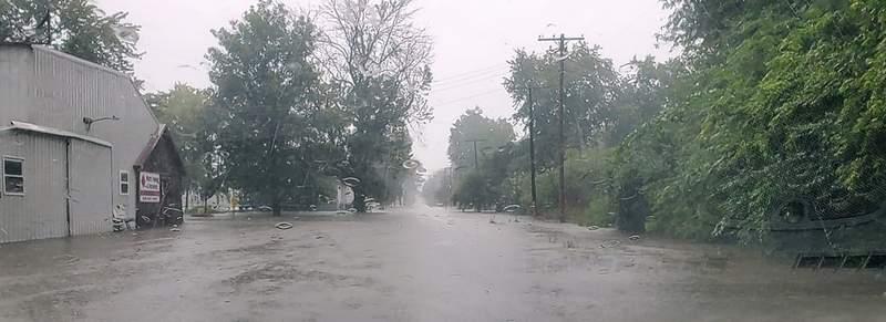 West Street in Du Quoin.