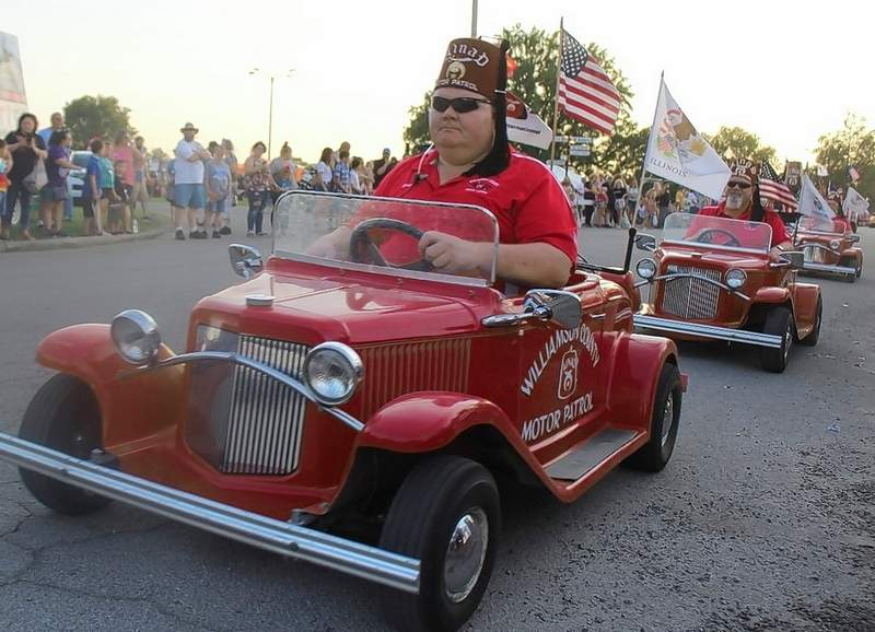 The Ainad Shriners from Williamson County entertainment paradegoers Friday night.