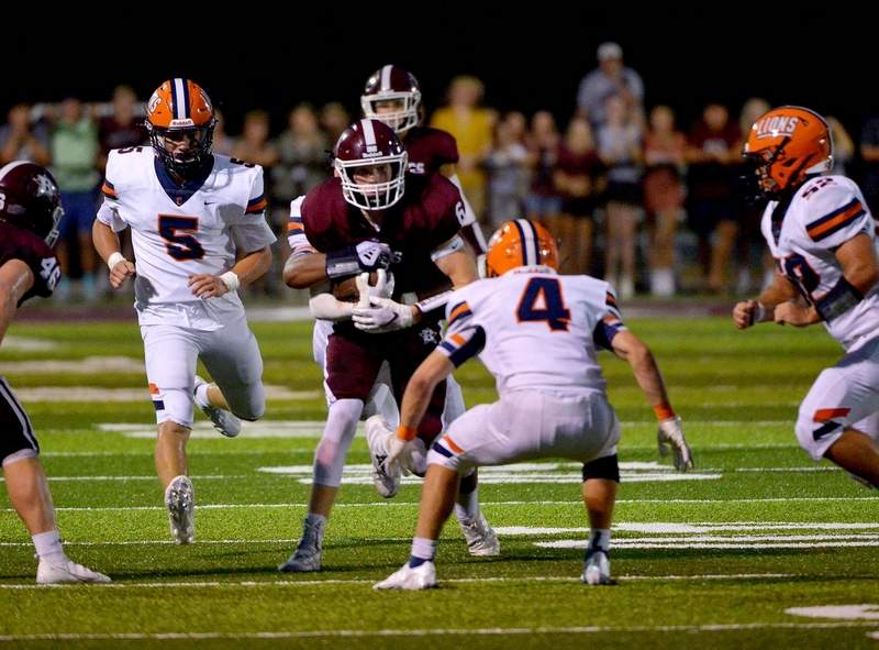 Chase Thomas had one catch for 22 yards in Benton's win over Sparta last week.
